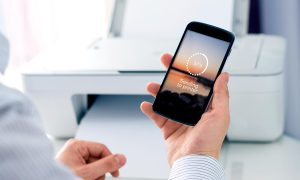 Druckaufträge über iOS-Geräte an Drucker senden